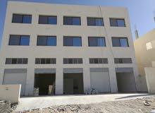 عمارة جديدة (صناعات خفيفة ) بناء السنة الماضية ( ولم تستعمل )..ثلاثة طوابق