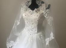 فستان للبيع جديد غير ملبوس
