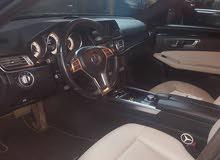 للإيجار سياره مرسيدس E200شامل البنزين والسائق