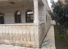 الحي الشرقي -جنوب حديقة طارق -منزل مستقل 250م-الارض 500-بسعر  مغري