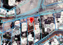 للبيع ارض سكنية في شاطئ القرم جانب فندق رامي
