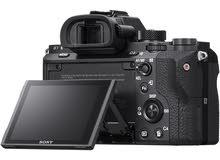 كاميرة سوني أحترافية A7rII بحالتها الجديدة و الكرتون