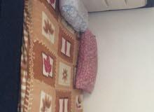 سرير كبير مستعمل للبيع