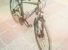 دراجة نضيفة جديده