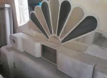 سرير مع الكمدينات مع التسريحة فرميكة ب 44 الف ريال فقط