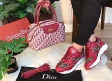 طقم نسائي مميز من ماركة Dior