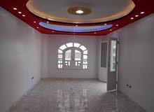 شقة 120م ناصية شارعين - بجوار البحر في شاطئ النخيل بالاسكندرية