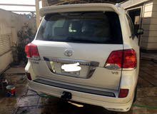 Used condition Toyota Land Cruiser 2015 with 1 - 9,999 km mileage