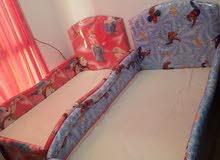 اثنين سرير الاطفال