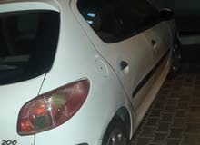Peugeot 206 car for sale 2008 in Hawally city