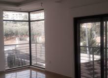 شقة رائعة للبيع مساحة 150م بالتقسيط بالقرب من مدارس الحصاد طابق اول امامي على الشارع