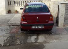 Maroon Renault Clio 2003 for sale