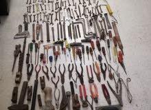 للبيع عدة متنوعة من كل الاغراض يوجد فيها اكتر من 250 غرض
