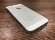 موبايل ايفون 5s سلفر 16 GB .