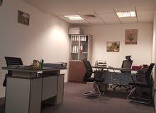 مكتب للإيجار 240 قدم. ديرة في دبي بالتقسيط