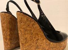 carolina herrera black wedge sandal