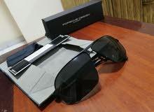 نظارة شمسية راقية بسعر مناسب 1000د قابل للتفاوت في حدود المعقول