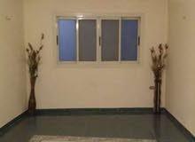 شقة قانون قديم بفيصل علي شارع رئيسي 30م