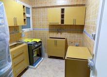 مطبخ مودرن جديد للبيع  و الخامه خشب ايطالي مقاس 220 سم