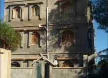 عمارة سكنية مكونة من 6 شقق السبعة خلف مشروع الموز سابقاً