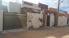 منزل للبيع في عين زارة بي قرب من سوق الزويته الأربع شوارع