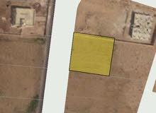 للبيع ارض 958 م في الذهيبه شارع الميه الجديد