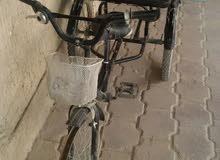 ثلاث عجلات