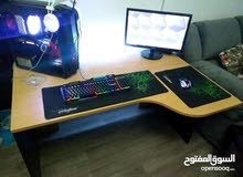 طاولة كمبيوتر مستعمله بحالة الوكاله