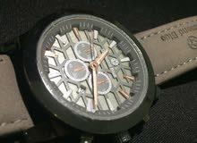 ساعة فخمة من شركة الماس الأزرق Blue diamond