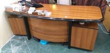 للبيع ، طاولة مكتب فخم مع خزانة كتب، لمكتب مدير