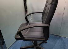 مقاعد مكتبية متحركة