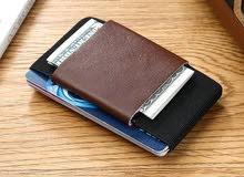محفظة بطائق جلد