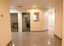 مكتب للايجار 5000 درهم