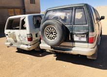 اسيوزي صحراوية معاها سيارة رابش  كاملة كل الطرود اضافة للبيع ماشية 180الف الدار