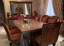 طقم غرفة طعام 8 اشخاص (خشب ورخام )