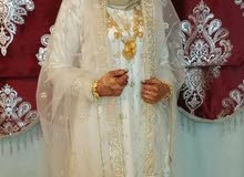 زي عماني تقليدي مطور
