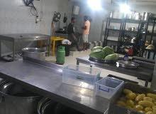 مشغل إعداد أطعمة مرخص ومجهز بالكامل في البيادر للبيع