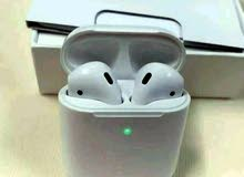 Apple AirPods 2 with wireless charging case air