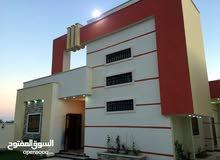 منازل ممتازة للبيع عين زارة جامع حمزة