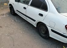White Nissan Sunny 2001 for sale