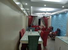 شقة بمنطقة محرم بك شارع زين العابدين مع مرسي محمود
