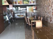 مطعم للتقبيل ( بيتزا فطائر شاورما مشويات بروستد عصائر كامل المعدات       )