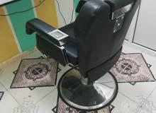 للبيع عدج 2 كرسي حلاق بحالة جيدة