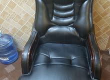 كرسي مكتب مدير فخم جدا للبيع فقط