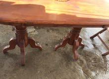 طاولة حديقة