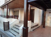 شقة أرضية فارغة للايجار قرب مكة مول