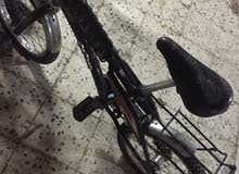 دراجة مستعملة  العيب فيها كفراتها منسمه