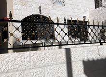 منزل مستقل تشطيبات سوبر ديلوكس للبيع في جبل طارق بسعر مغري
