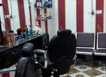 مطلوب حلاق يعمل في محل حلاقه  بس كول حلاق مضبوط ابي الخصيب حمدان قرب البريد