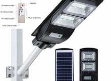 فلاشات الطاقة الشمسية مع ريموت تحكم 60w  تخفيض
